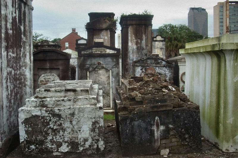 Необычные экскурсии по кладбищам (41)