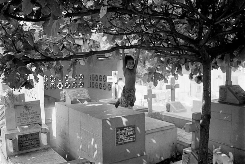 Город-кладбище в Маниле (16)