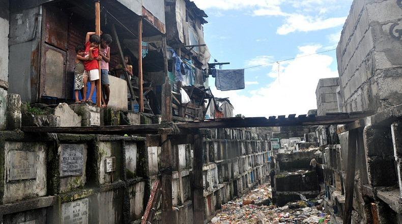 Город-кладбище в Маниле (1)