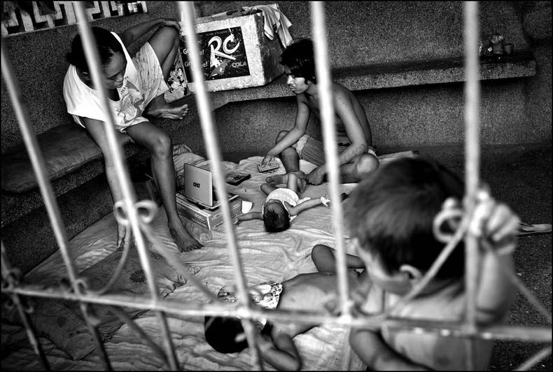 Город-кладбище в Маниле (4)