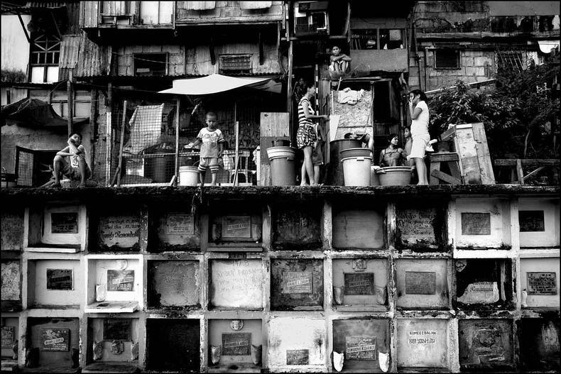 Город-кладбище в Маниле (5)