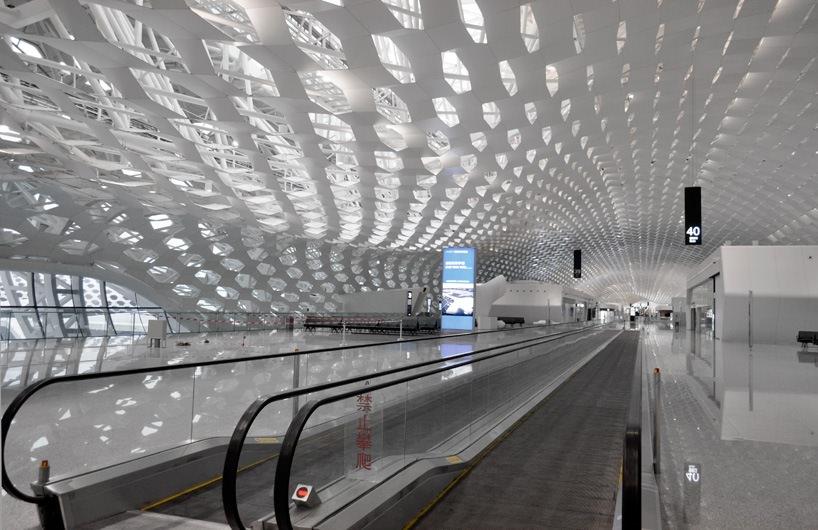 Удивительный терминал международного аэропорта Шэньчжэнь (17)