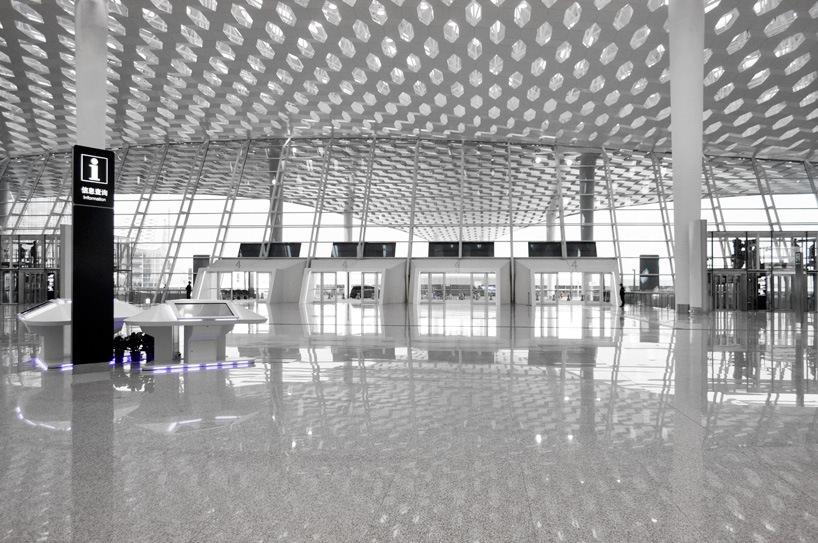 Удивительный терминал международного аэропорта Шэньчжэнь (24)
