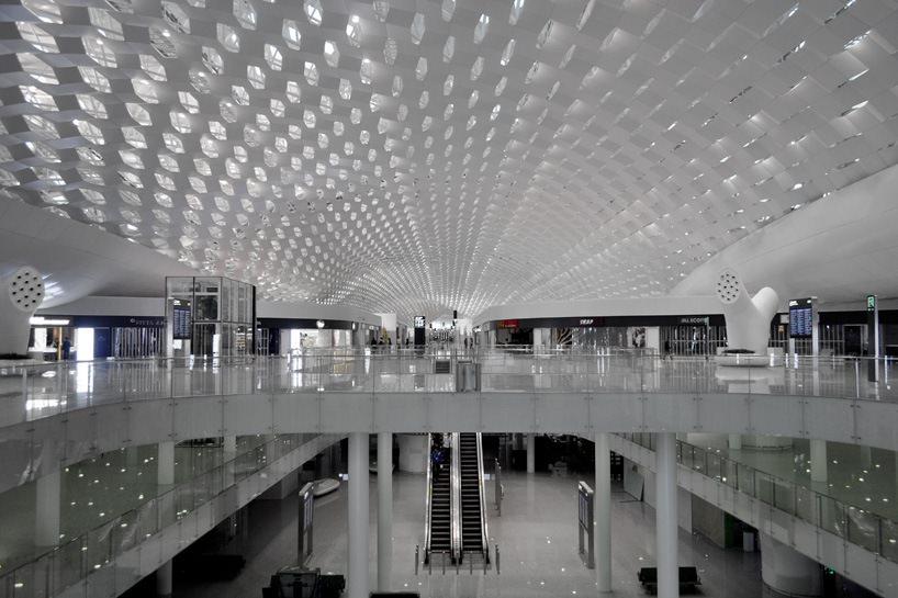 Удивительный терминал международного аэропорта Шэньчжэнь (12)