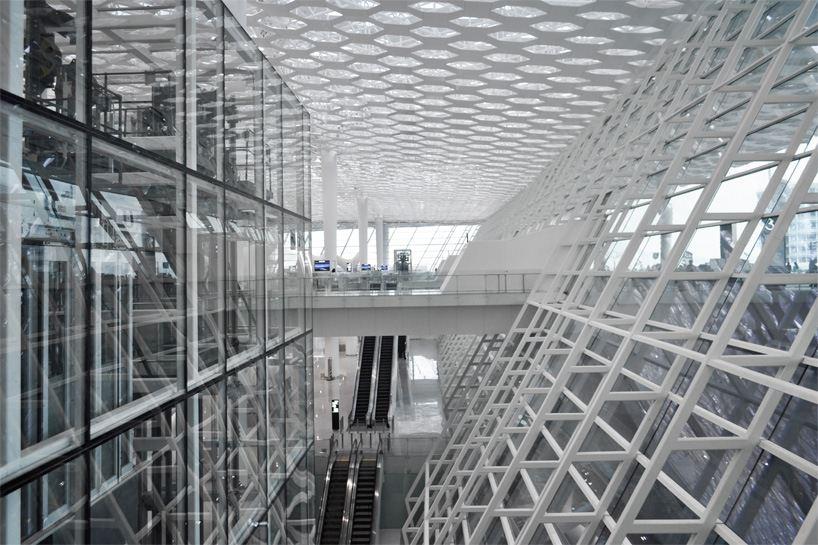 Удивительный терминал международного аэропорта Шэньчжэнь (7)